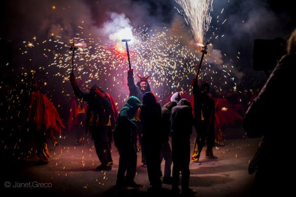 Spanish Fiestas: Correfoc Sa Pobla de Gràcia 2016